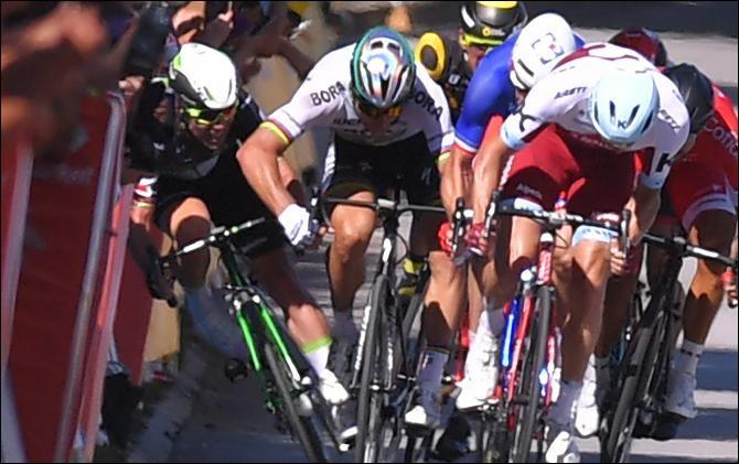 Quelle décision vont prendre les commissaires de course par rapport à ce coup de coude de Sagan sur Cavendish à Vittel ?
