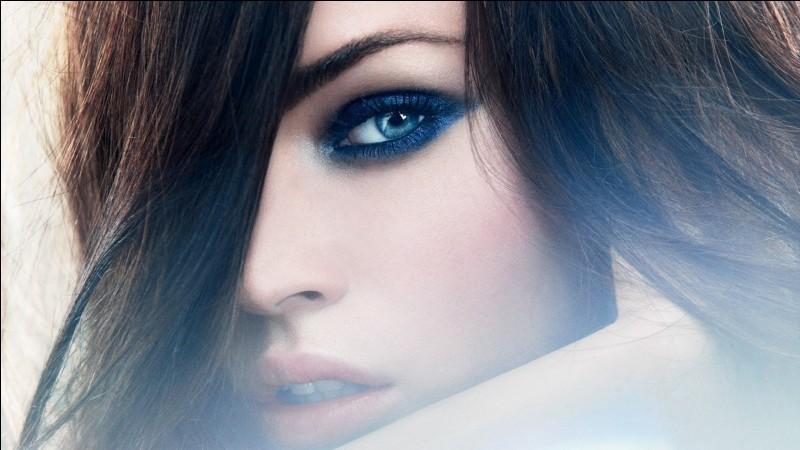 """Si vous avez les """"yeux bleus"""", on dit alors que vous avez des..."""