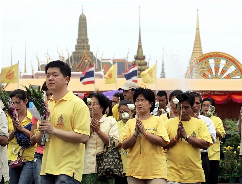 Quel jour est la fête nationale thaïlandaise ?