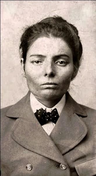 Vers 1890, elle fait partie du Wild Bunch avec Cassidy et Sundance. Peu après, elle s'éprend d'un braqueur de banques : après un vol de train, le couple essaie de s'enfuir plus à l'ouest.Elle sera finalement accusée pour le vol du Great Northern.Dernière survivante de ce gang ...