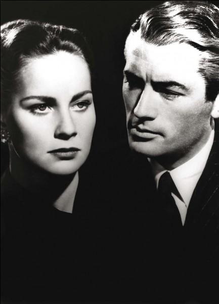 Keane est chargé de la défense de la belle Mme Paradine accusée d'avoir tué son mari aveugle...Il s'agit de ...