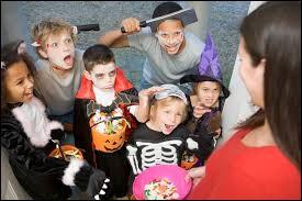 Quelle expression anglophone les enfants utilisent-ils le soir d'Halloween ?