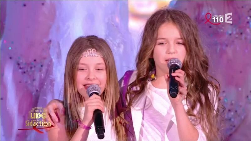Qui sont ces 2 filles ?