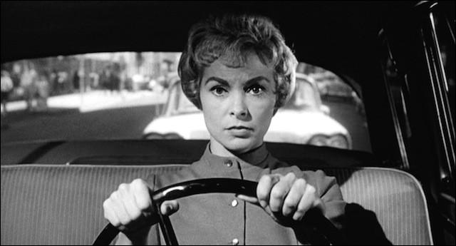 """Dans le film """"Psychose"""", Marion Crane change de voiture par prudence. Combien lui demande le garagiste en plus de sa voiture ?"""