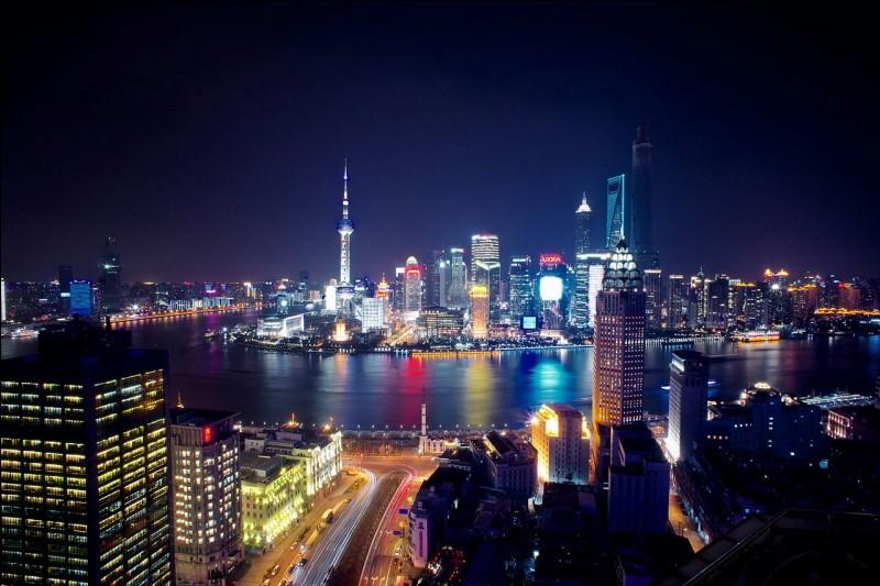 La langue officielle de la Chine est le chinois. Vrai ou faux ?