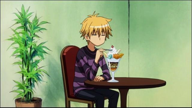 Dans quel manga Usui mange-t-il des grosses coupes de glaces ?