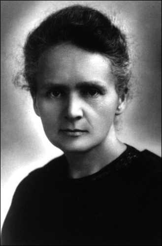 Combien de prix Nobel Marie Curie a-t-elle reçu ?