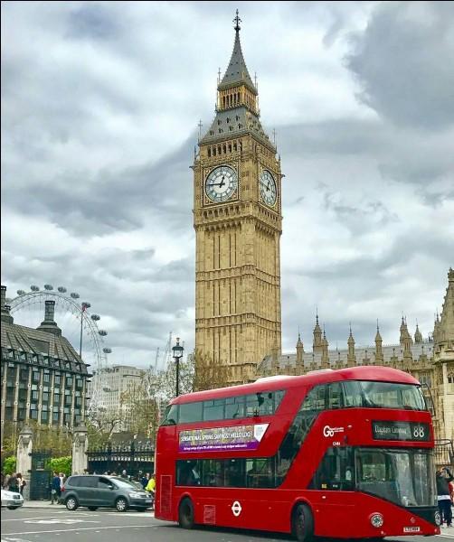 L'horloge de Big Ben, en Angleterre, sera muette pendant quelques années.