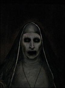 """De quel film """"The Nun"""" est-il un spin-off, racontant l'histoire d'une sœur et d'un prêtre confrontés à une entité malveillante ayant pris possession d'une nonne ?"""