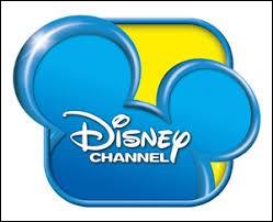 """Lequel de ces films """"Spécial Halloween"""" a été produit par Disney Channel ?"""