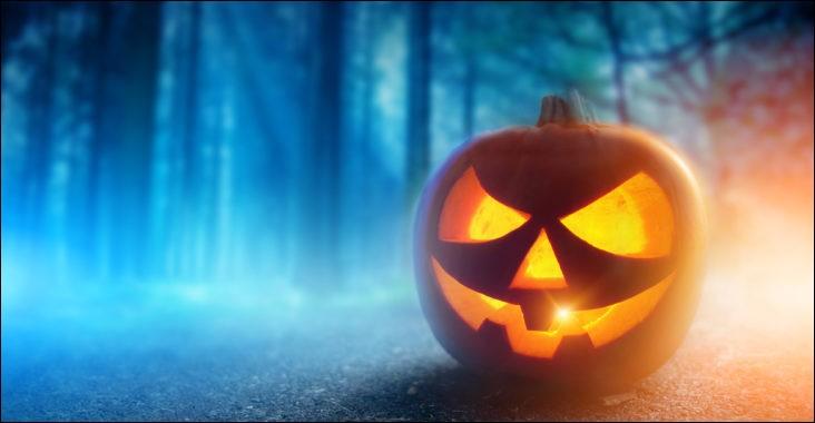 Où certaines écoles interdisent-elles à ses étudiants de célébrer Halloween ?