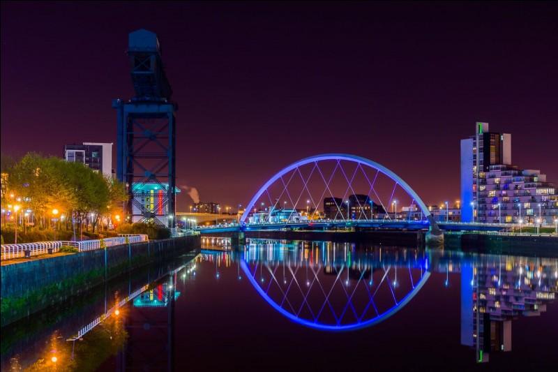 La capitale écossaise est...