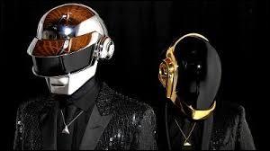 À quel mouvement musical est associé le groupe Daft Punk ?