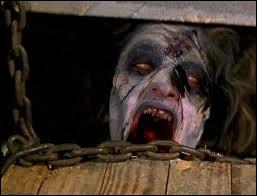 """Où se déroule l'action des deux premiers films dans """"Evil Dead"""" ?"""