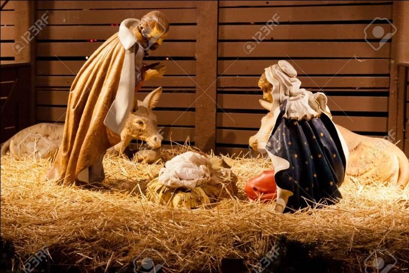 On célèbre la naissance de Jésus le jour de/d'...