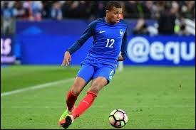 Dans l'équipe de France, il est numéro...