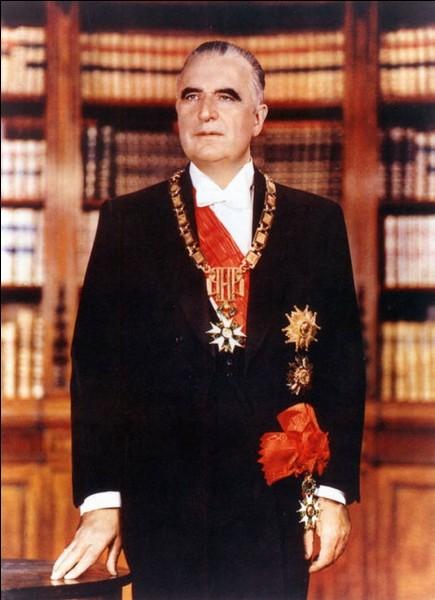 Ancien premier ministre de Charles de Gaulle, il est élu en 1969. Il meurt deux ans avant la fin de son mandat de la maladie de Waldenstörm. Qui est-ce ?