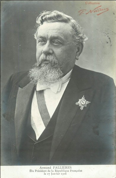 Président de la troisième République, j'ai été élu en 1906. Durant mon mandat, j'ai dû faire face au coup d'Agadir et j'ai renforcé la Triple-Entente. Qui suis-je ?
