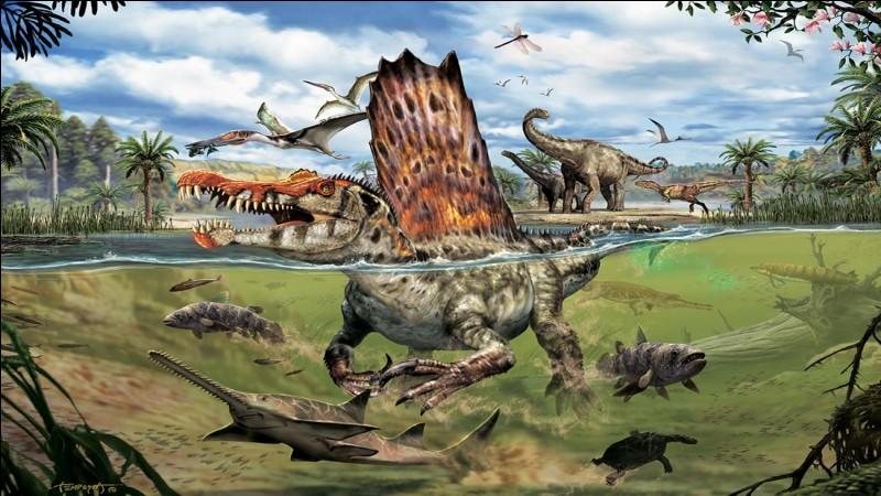 Le Spinosaurus ci-dessus était un animal semi-aquatique d'une longueur de :