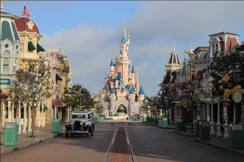 Tu viens plutôt à Disney pour :