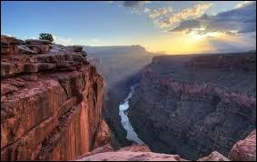 Dans quel État des États-Unis se trouve le Grand Canyon ?