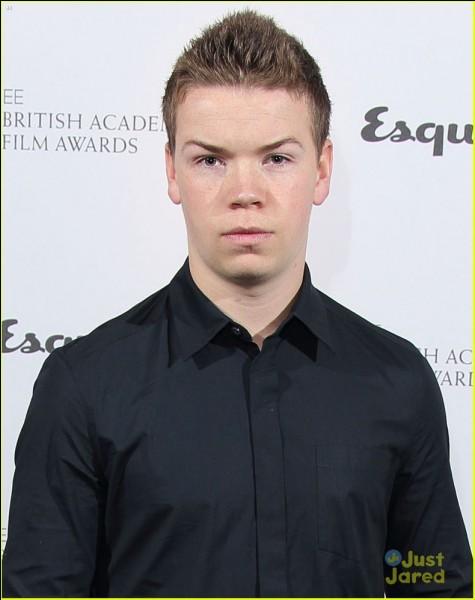"""Il est connu pour avoir joué le rôle de """"Eustache Scrubb"""" dans Narnia :"""