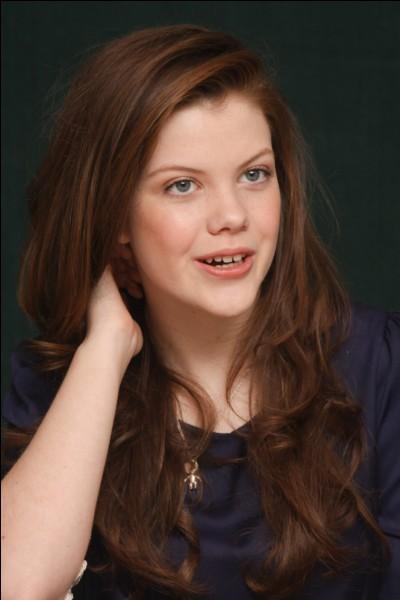 """Elle est connue pour avoir joué le rôle de """"Lucy Pensive"""" dans Narnia :"""