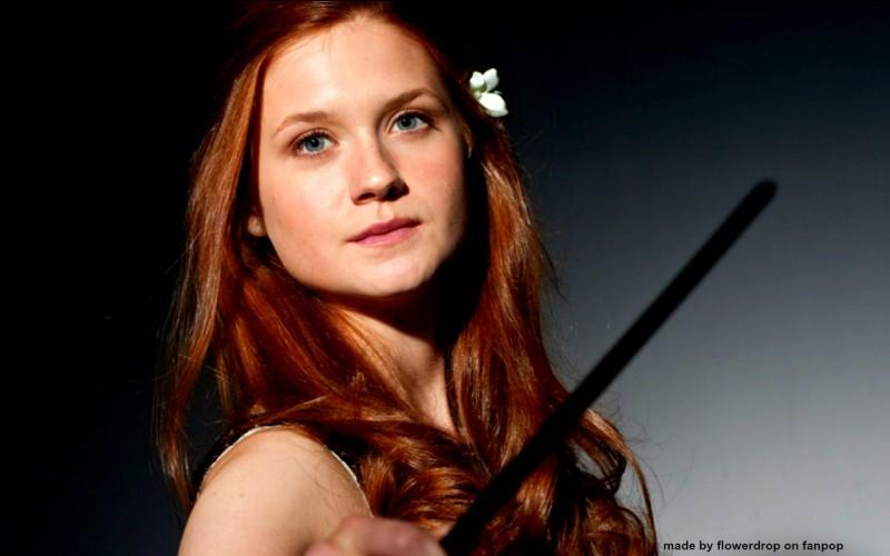 """Elle est connue pour avoir joué le rôle de """"Ginny Weasley"""" dans Harry Potter :"""