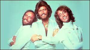 """Quel film américain est associé à la chanson """"Stayin' Alive"""" des Bee Gees ?"""