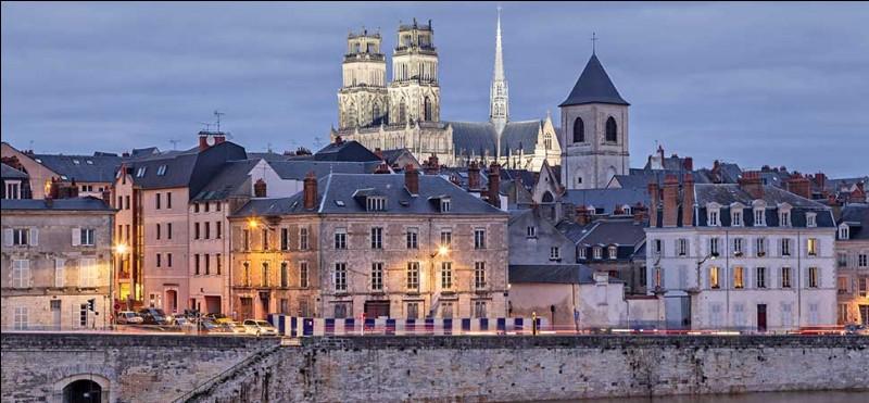 À qui pensez-vous lorsque que je cite la ville d'Orléans ?