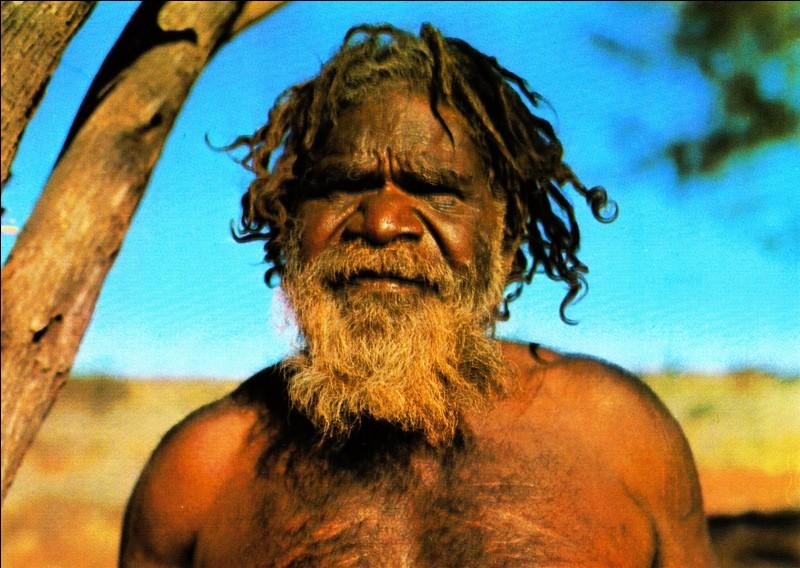 Pour lui, Uluru est un lieu sacré !
