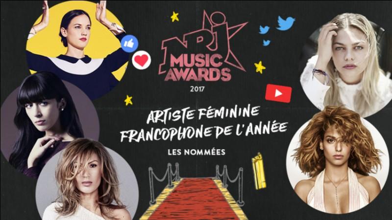 Sélectionne l'artiste féminine francophone de l'année.