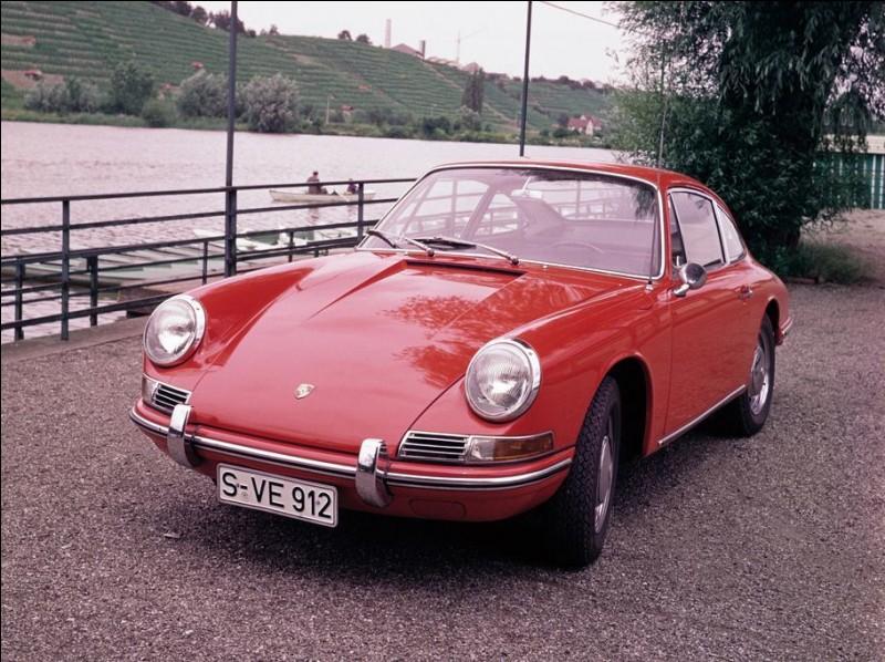 Cette Porsche de 1965 est une...