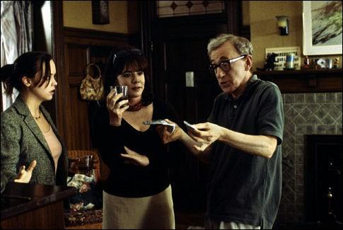Dans Anything else, Stockard Channing interprète la mère de Christina Ricci, et a pour métier... ?