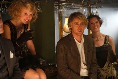 Dans le film Midnight in Paris, Owen Wilson passe ses nuits dans le passé de la vie parisienne. Quelle est sa profession ?