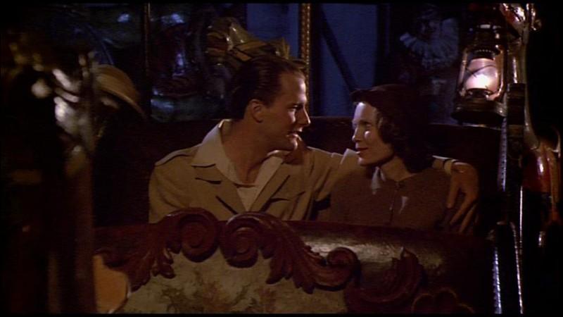 Jeff Daniels est le héros du film La rose pourpre du Caire. Quelle est sa profession ?