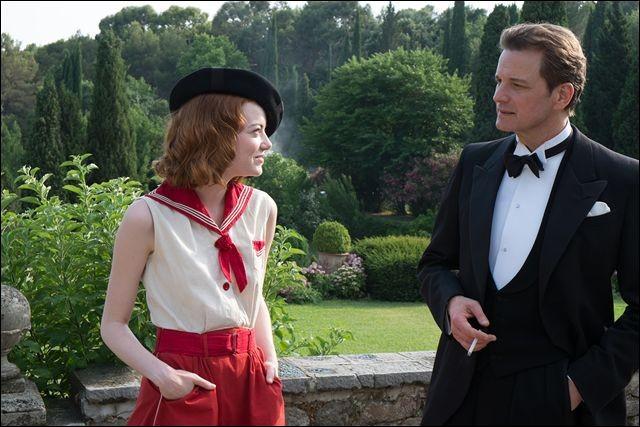 Dans l'estival Magic in the moonlight, Colin Firth exerce un métier artistique, dans lequel il rencontre un grand succès. Lequel ?