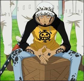 Ce pirate est vu très souvent souriant... Un sourire de manipulateur, bien sûr ! Qui est-il ?