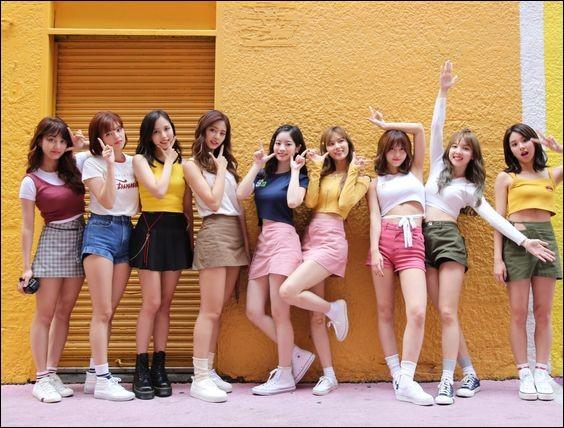 Leur nom réel (en coréen) est :