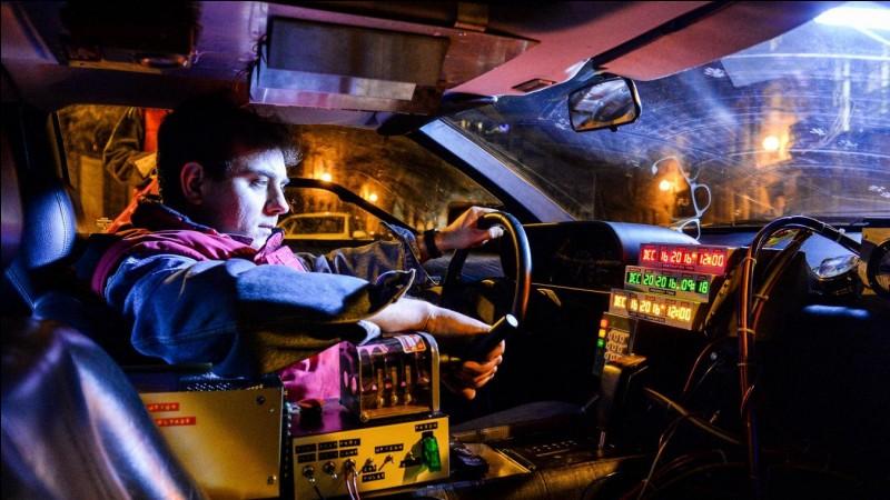 Quel est le nom du modèle de DeLorean utilisé dans ''Retour vers le futur'' ?