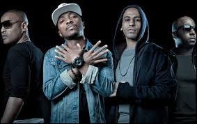 Dans quel groupe de rap a-t-il débuté dans les années 90 ?
