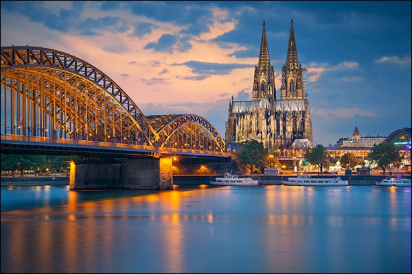 Eau de Cologne.
