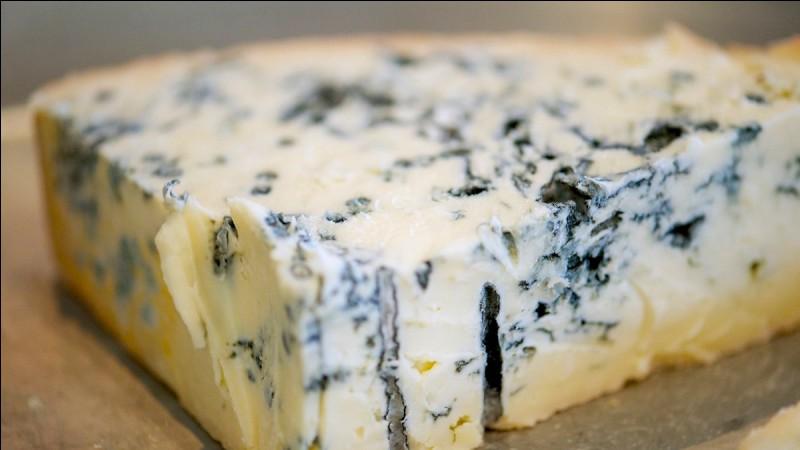 Quel fromage traditionnel à pâte persillée est produit en Lombardie et dans le Piémont ?