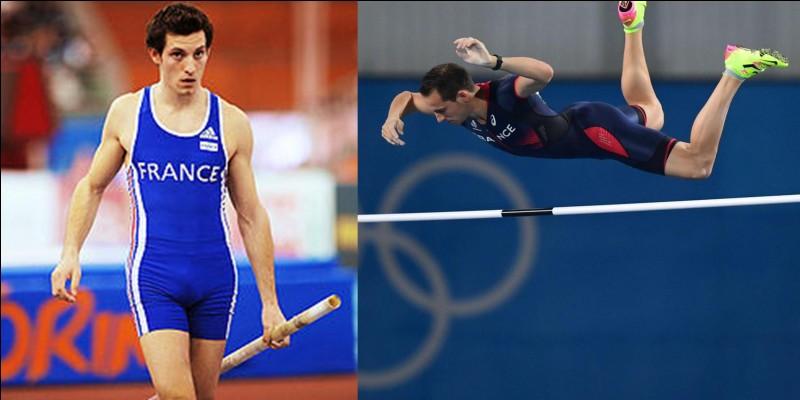 En devenant champion olympique, il bat le record olympique de la discipline. Dans une autre compétition, il a réussi à battre le record du monde en améliorant ce record de 2 cm qui appartenait à un autre sportif depuis 21 ans !Qui est cet athlète ?