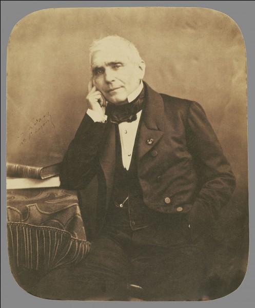 De quel département Eugène-René Poubelle, l'inventeur de la poubelle en 1883, a-t-il été le préfet ?