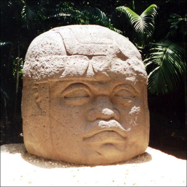 """O - Les """"Olmèques"""" sont un peuple ancien du Mexique."""