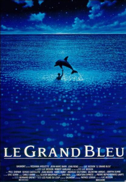 Le scénario du filkm de Luc Besson « Le grand bleu » s'inspire de la vie des célèbres apnéistes Jacques Mayol et Enzo Maiorca. Si le premier a servi de consultant, le second n'a pas été averti du projet et exige que son nom soit changé. Quel nom porte Jean Reno, incarnant ce personnage, dans le film ?