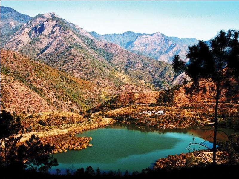 Le Nagaland est un petit État montagneux et reculé réputé pour la fierté de ses guerriers traditionnels. De quel pays fait-il partie ?