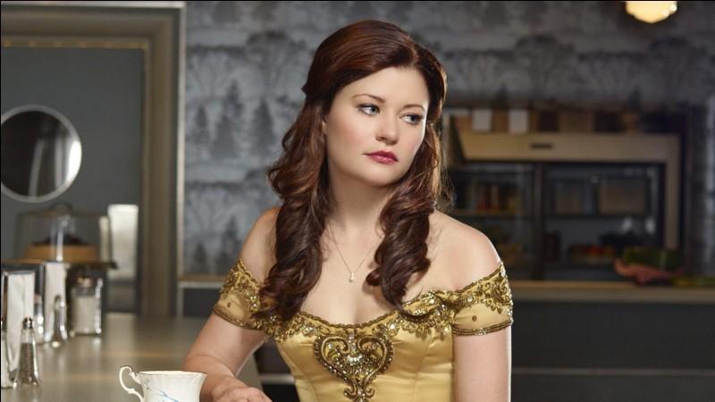 Quelle actrice incarne le rôle de Belle ?