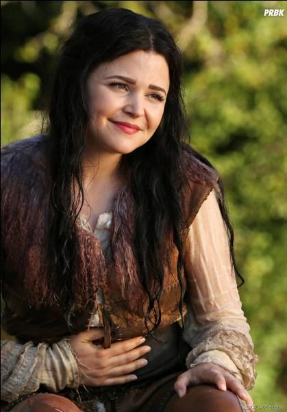 Quelle actrice incarne le rôle de Blanche-Neige ?